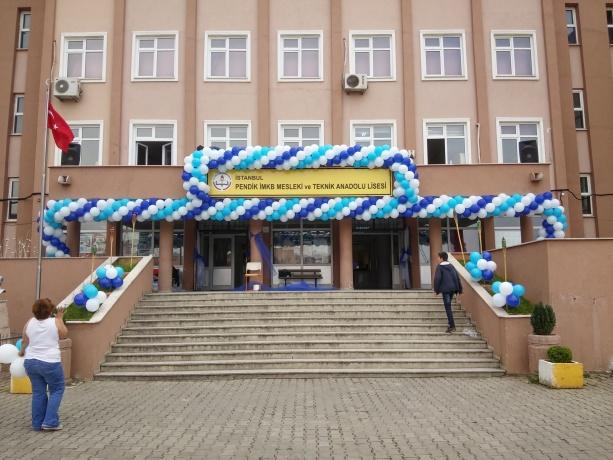 Okul Balon Süsleme